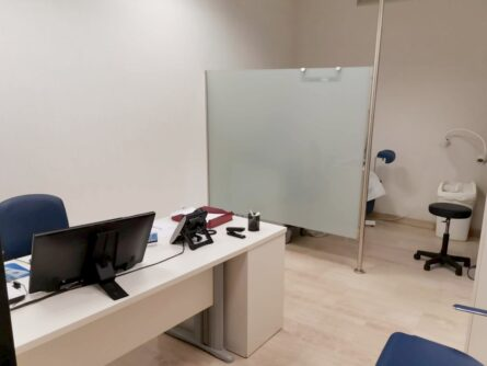 Consulta clínica de reproducción asistida Ginemed Sevilla