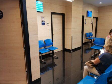 Sala de espera clínica ginemed Sevilla