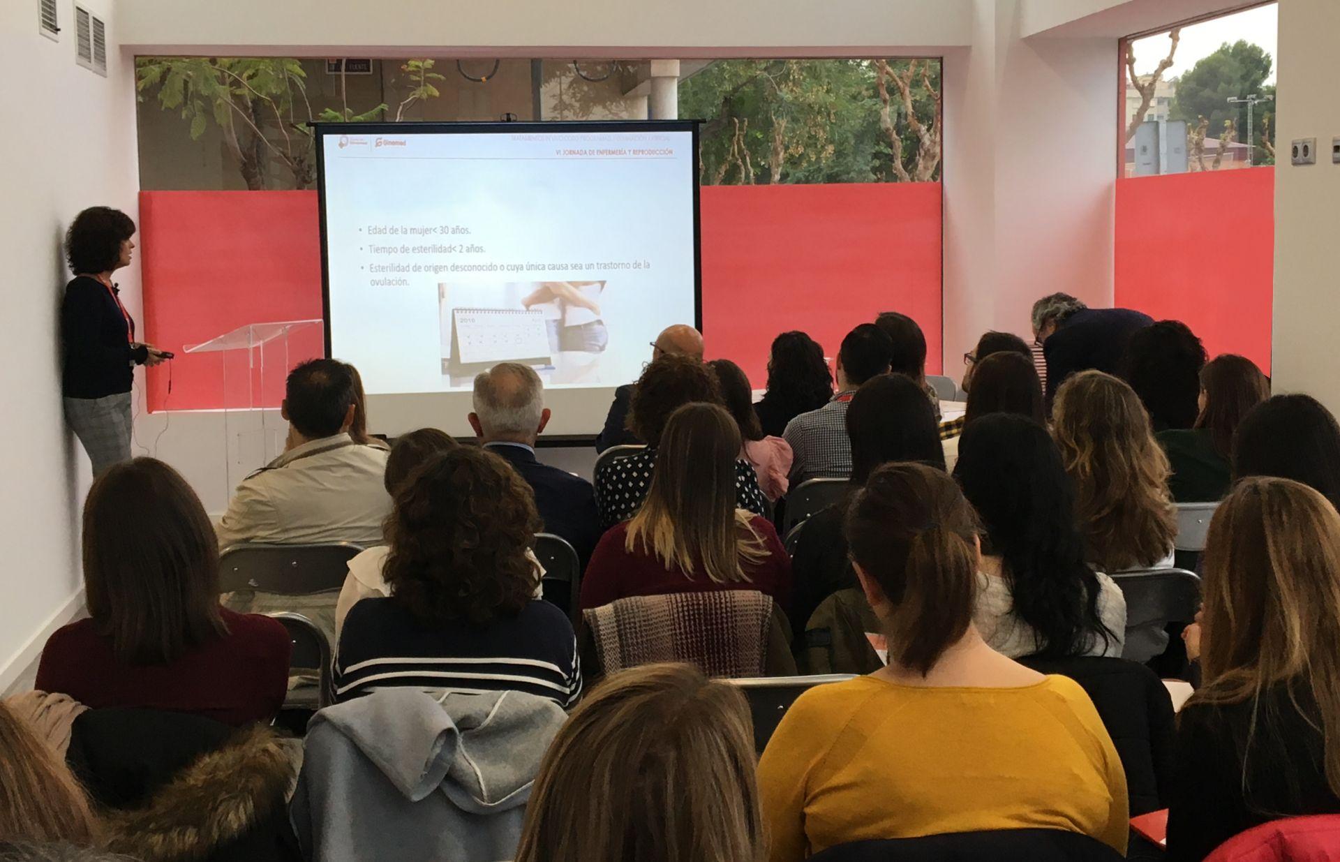 Presentación de cursos y congresos para profesionales
